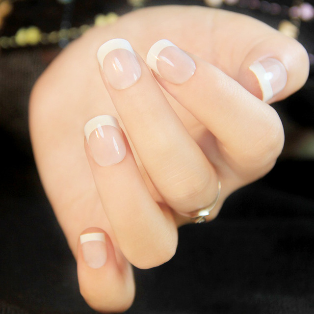 24pcs Natural French Short False Nails 3 Styles Acrylic Clical Full Artificial For Home Office