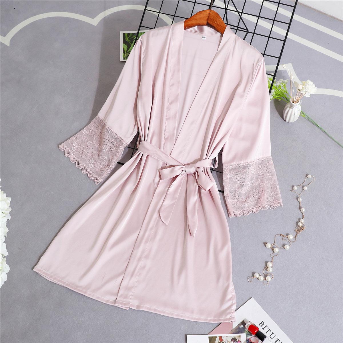 Pink Lady Rayon Wedding Robe Dressing Gown Women Nightgown Sexy Lace Bride Bridesmaid Kimono Kaftan Bathrobe M L XL XXL TS003