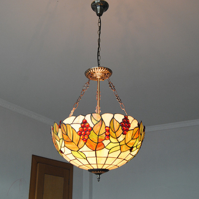 Beautiful Mediterranean Tiffany Style Grape Vine Pattern Flush Mount Light E26/E27  Bulbs Vintage Stained Glass