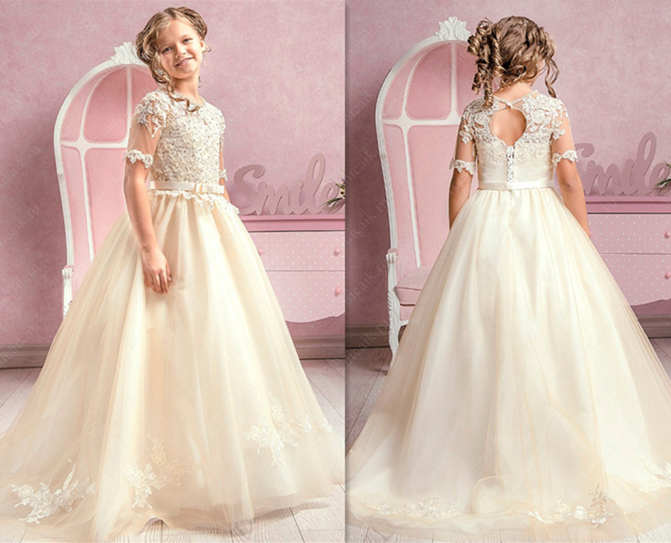 2017 Hot Sale White/Ivory First Communion Dress O-neck Ball Gown Flower Girl Dress Short Sleeves Appliques Girls Birthday Gown hot sale halter beading sequins short homecoming dress