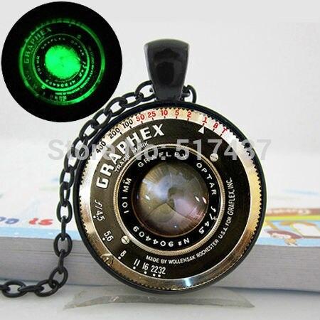 Brilhante colar de pingente de Lente Da Câmera, Lente Da Câmera do vintage  Colar, Colar de Pingente de Câmera foto arte Jóias de Vidro Brilhante 7d9f507acd