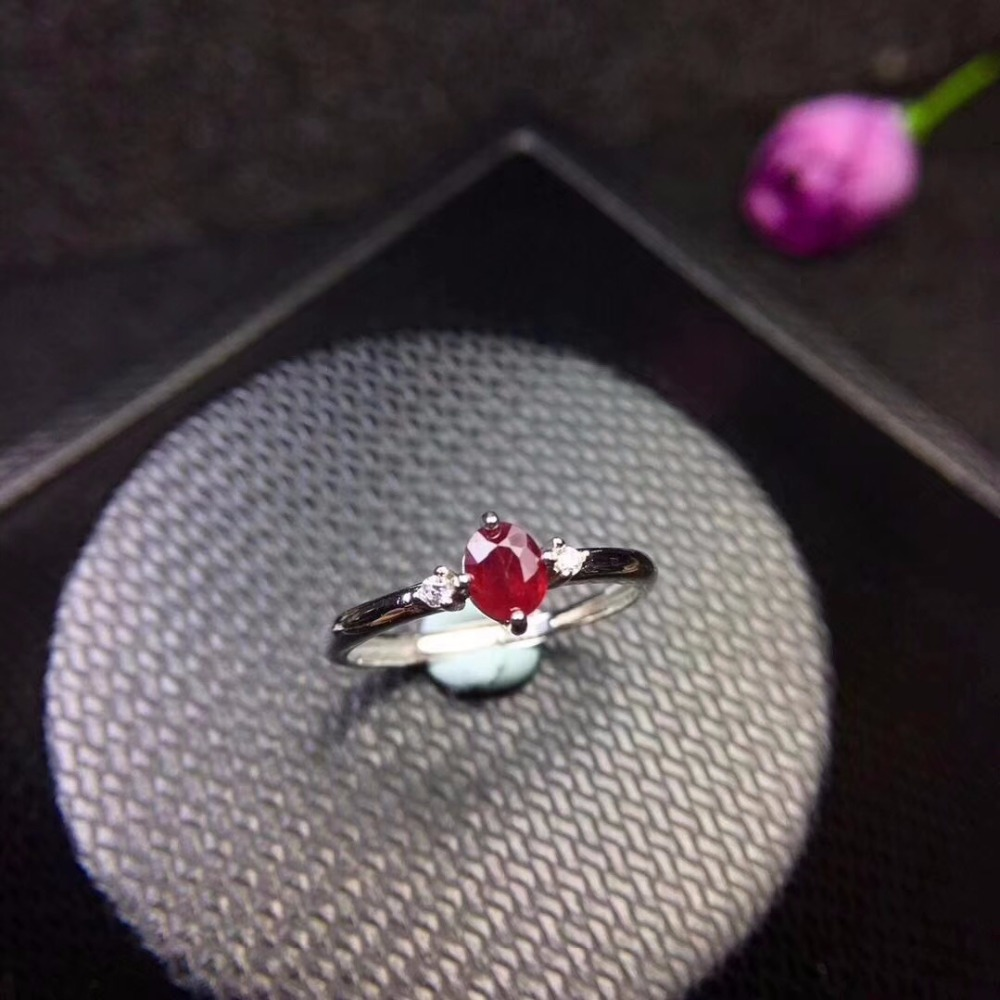 New Shop Promotion Natural Ruby Lady Ring Color Good 925 Silver Mosaic Explosion Recommended