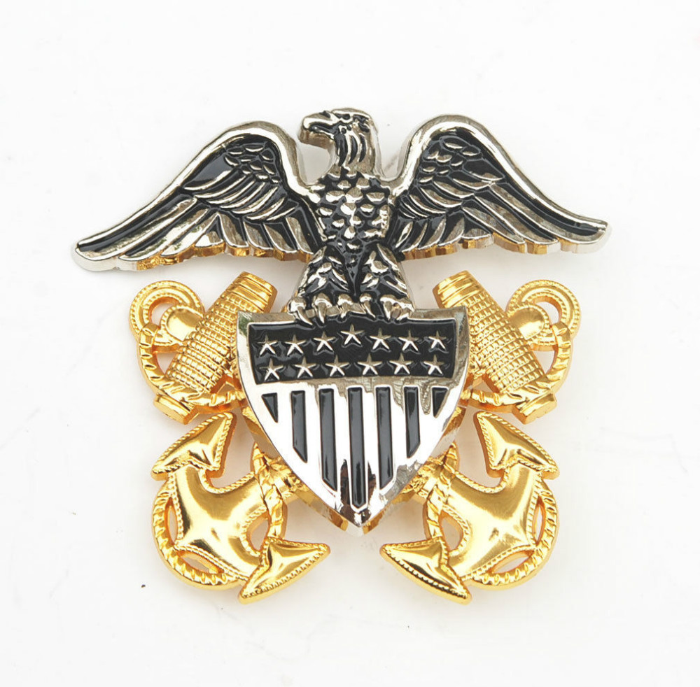 089b1192 WW2 US United States Navy Officers Large Hat Metal Badge Pin Insignia -  US118