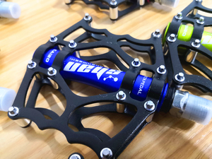 Image 5 - 2019 neue MTB mountainbike pedale Aluminium legierung CNC bike fußstütze großen flachen ultraleicht radfahren BMX pedal