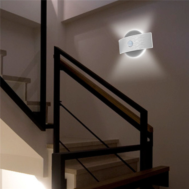 LED Motion Wall light bateria AA akumulatorowa lampa LED czujnik lampka nocna wewnętrzne światło bezpieczeństwa do schodów kuchnia korytarz szafa