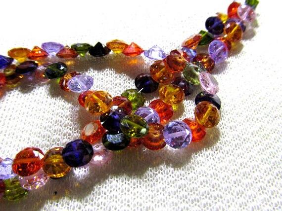 Perles de zircone cubique faites main de 50 pcs, fournitures d'artisanat de bijoux diamant rond pétale arc-en-ciel CZ bijoux 7-8mm