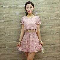 2017 estate nuove signore Coreane di modo in rilievo a vita alta O-collo sexy era sottile hollow lace dress jupe courte donne vestido MZ413