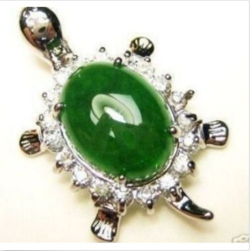 Emerald Green Jade White Gold Plated Crystal Turtle Pendant and Necklace