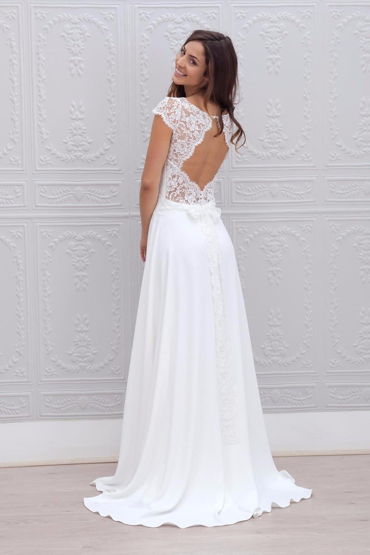 2017 A line Bateau Appliqued vestido de noiva de renda White Long Vintage Bride Dresses With Short Sleeve Beach Wedding Dress 3