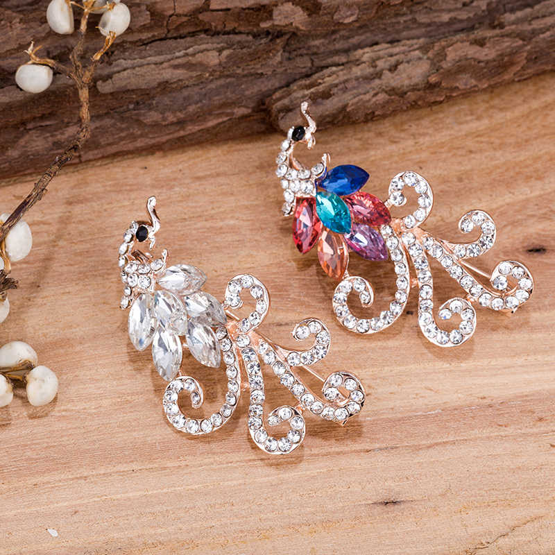 Tdqueen Wanita Bros Emas Perak Merak Pin Hadiah Pesta Pernikahan Perhiasan Kristal Bridal Aksesoris Baru Yang Indah Bros Pin