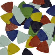 Lots of 50pcs Alice Triangle ABS Guitar Picks 3 Gauges in 1 Thin Medium Heavy Mixed Colors lots of 100pcs heavy small water drop picks mixed colors for guitar bass 20mm x 23mm