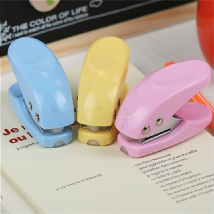 200 Pcs Mini Hole Puncher Hand Paper Punch Single Hole Scrapbooking Punches