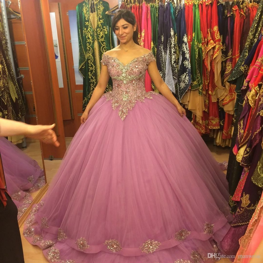 Gorgeous Tulle Ball Gown Prom Dresses 2017 Beaded Lace Appliques ...