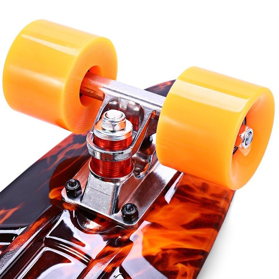Planche à roulettes de Faction d'outlife imprimant les planches à roulettes complètes de modèle de flamme de feu de l'enfer 22 Inch rétro croiseur Longboard Skatecycle - 6