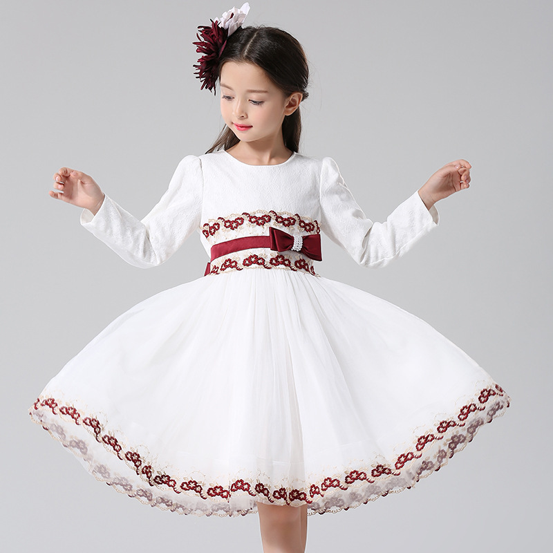 ФОТО Girl cotton fashion Lace embroidered Long sleeves Princess dress Children high quality Dress Spring / Autumn new Kids clothes