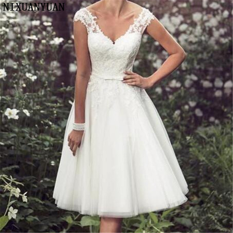 Beach Elegant Tea Length Short Wedding Dresses Cap Sleeves Appliques Lace Wedding Gowns Tulle V Neck Short Bridal Gown