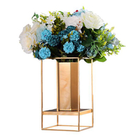 Modern Home decoration Metal Flower Vase Europe Gold Geometric Form Street Flower Holder Iron Art for wedding Decorations Gift