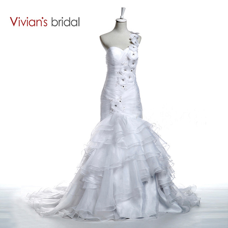 Vivian 39 s bridal flower appliques diamond wedding dress for Diamond mermaid wedding dresses
