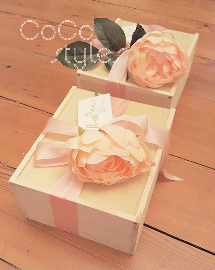 Cocostyles bespoke beautiful square wood case with match lid for garden wedding gift packing box