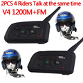 2 PCS V4 1200 M Motorcycle Bluetooth Headset Capacete BT Interfone Full Duplex Interfone Fone De Ouvido Com FM 4 Riders Falar ao mesmo tempo