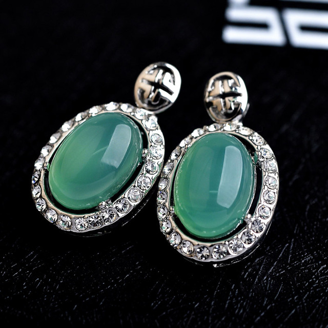 Luxury Green Semi-precious Stone CZ Diamond Stud Earring for Women Wedding Jewelry Silver Earrings female Ear brincos Pending S8