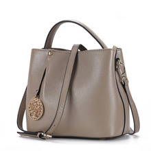 Real Leather-based Bucket ladies's purses Women Tote Messenger Shoulder Baggage For Girls 2017
