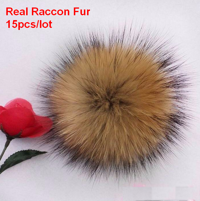 15pcs / lot Partihandel Pris Real Raccoon Fur Ball 14cm Äkta Fur Pompom För Kvinnor Kids Winter Skullies Mössor Hat DIY Pompoms