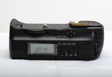 Battery Grip with liquid crystal display  for Nikon D300/D700/D300S  Digital SLR Digicam. Free Transport