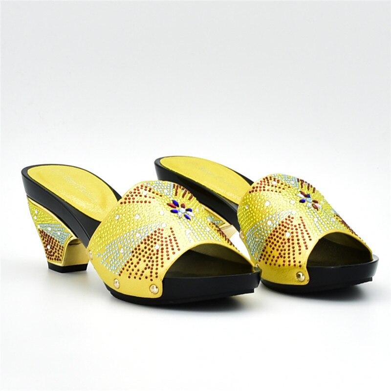 Negro amarillo Conjunto África Matching Y azul Bolsas 2018 Rhinestone Nigeriano Mujeres Señoras Zapatos púrpura Con Bolsa De Establece Decorado rojo gcwHqZZpn