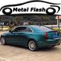 Feuille d'emballage de Film de vinyle métallique Flash la voiture verte enveloppe l'autocollant adhésif de style de voiture avec libération d'air