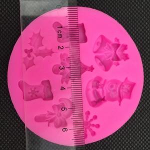 Image 4 - クリスマス雪だるま形状フォンダンシリコーン型キッチンベーキングチョコレート菓子粘土作るカップケーキ装飾ツール FT 0130