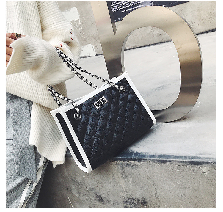 abde704bc843 Explosion Models Small Bag 2018 Autumn And Winter Women S Bag ...