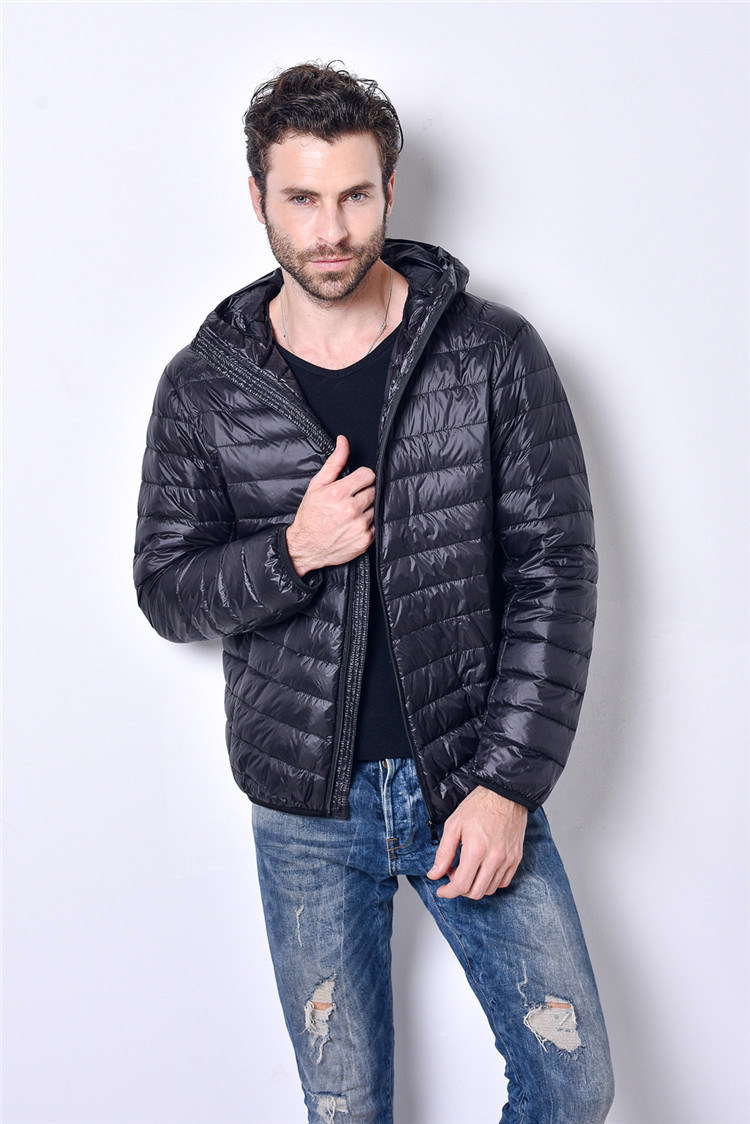 2017 New Brand 90% White Duck Down Jacket Men Autumn Winter Warm Coat Mens Ultralight Duck Down Jacket Male Windproof Parka