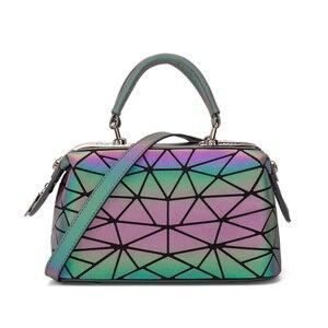 Image 2 - Moda geometryczna torebka torba kobiety Luminous Boston torba kobieta Messenger torby damskie zwykłe torby na ramię Tote Clutch Sac bolso