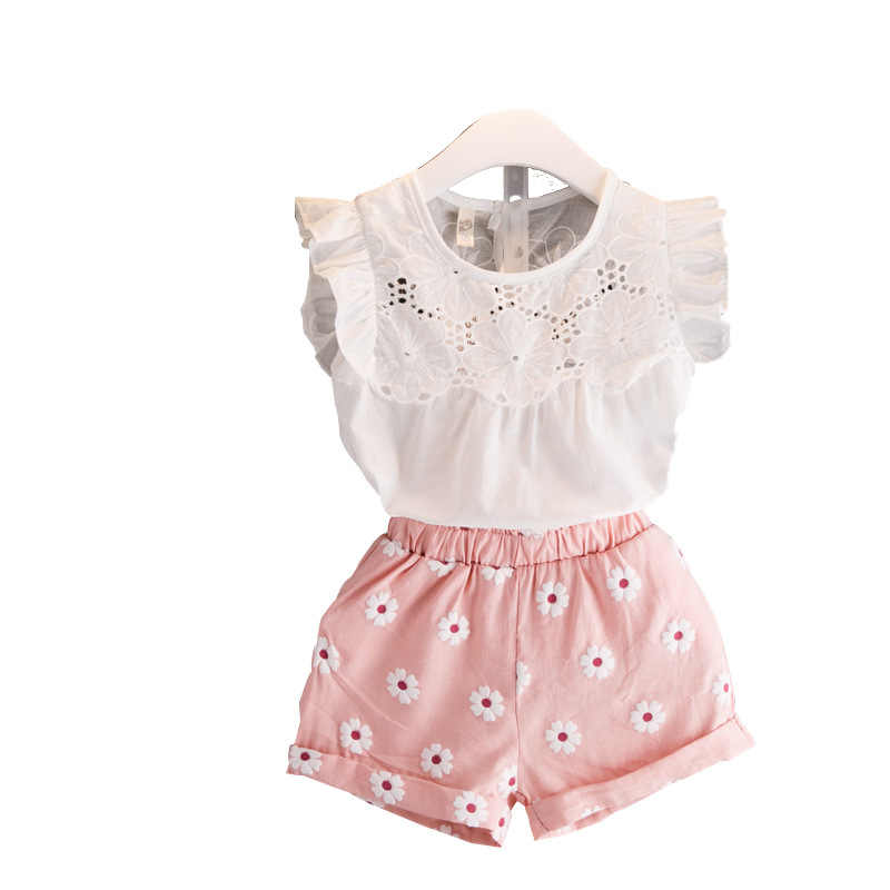 2018 Summer New Style Girls White Hollow Vest Pink Flower Shorts Set Lovely Kids Casual Clothes Fashion Children's Outwear 18M01