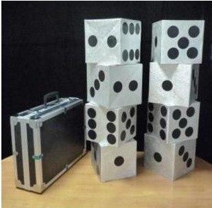 Grand boîtier de Production de dés, magie des cartes, illusions, nouveautés de tours de cartes, gros plan, tours de magie comdy