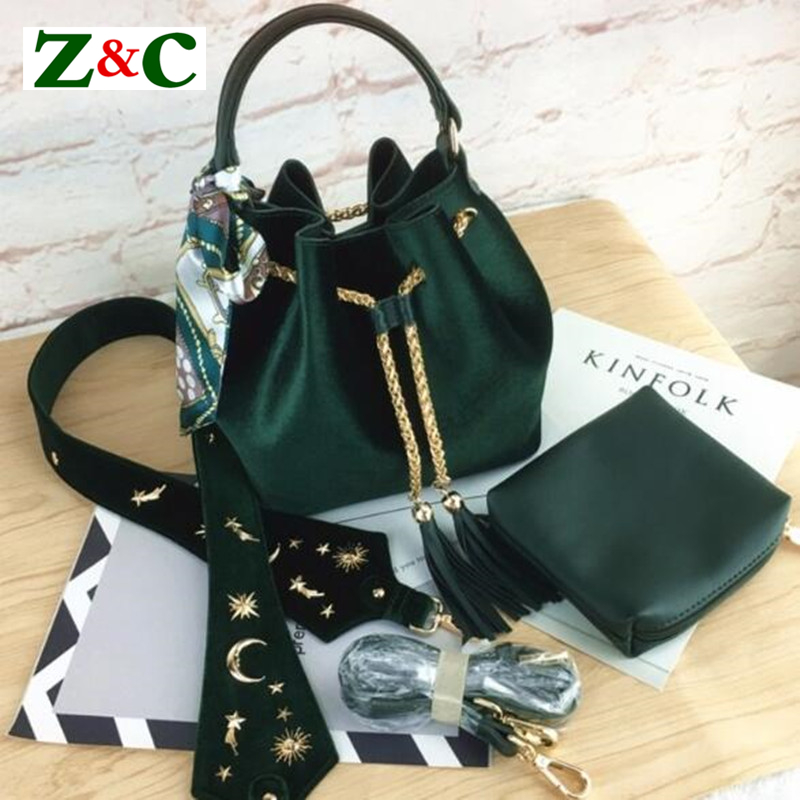 Star Moon Wide Strap Velvet Shoulder Bag Women Bag Luxury Handbag Designer Brand Lady Bucket Bags Chain Crossbody Messenger Bags