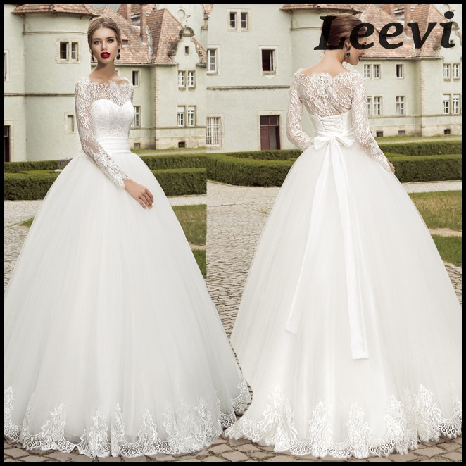 Sexy vintage long sleeve white lace wedding dresses ball for White lace vintage wedding dress