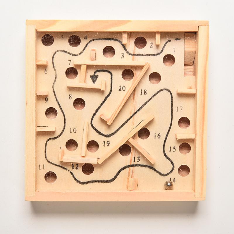 Balance Board Maze Game: Solitaire Game Wooden Puzzle Toy Maze Board Kids Children