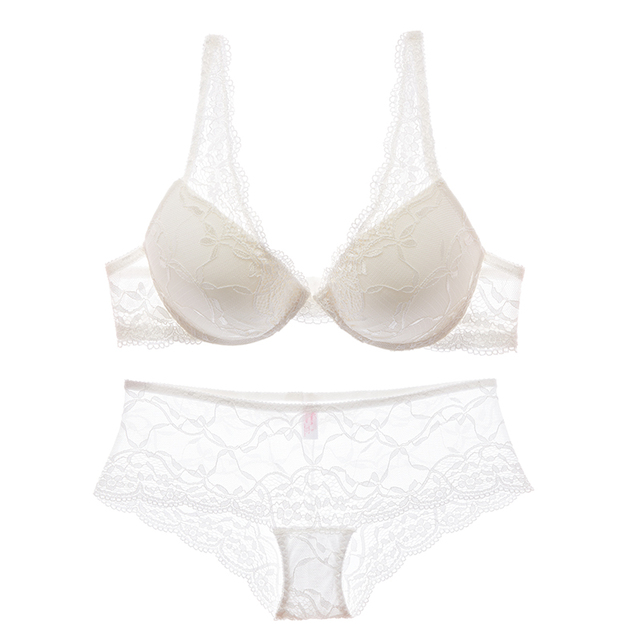 new arrival 2017 Fashion female bra thin thick push up sexy lace embroidery luxury royal underwear set