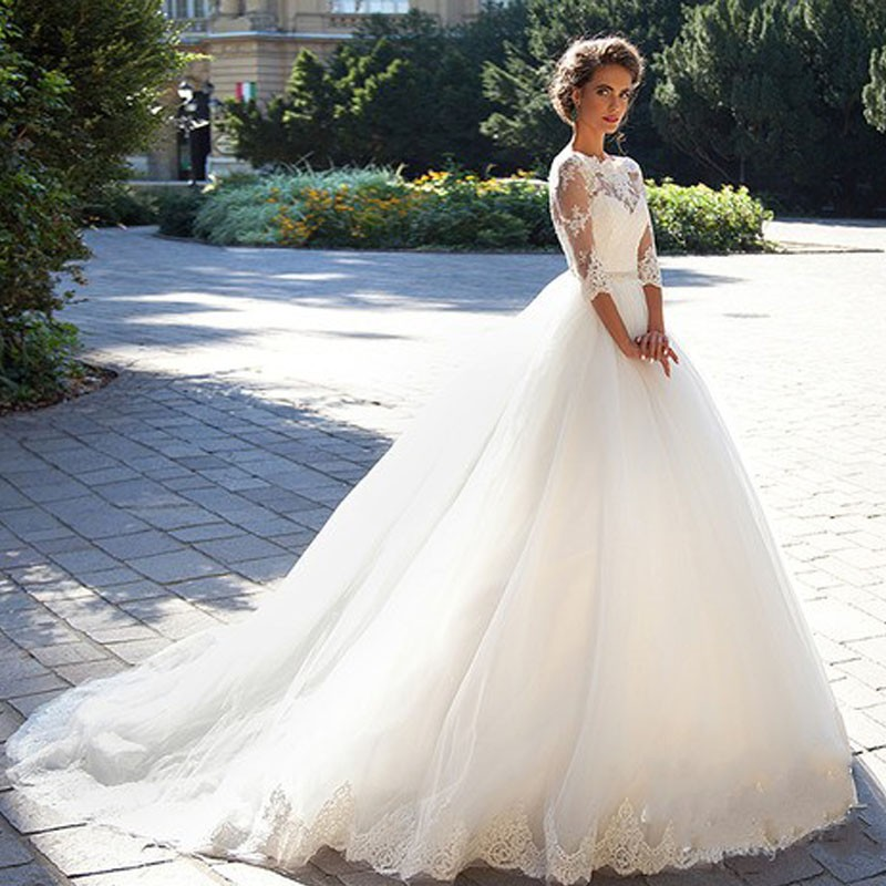 Vestido De Noiva De Renda Three Quarter Sleeves Princess Wedding Dress With Crystal Belt 2017 Vintage Ball Gown Wedding Gowns 2