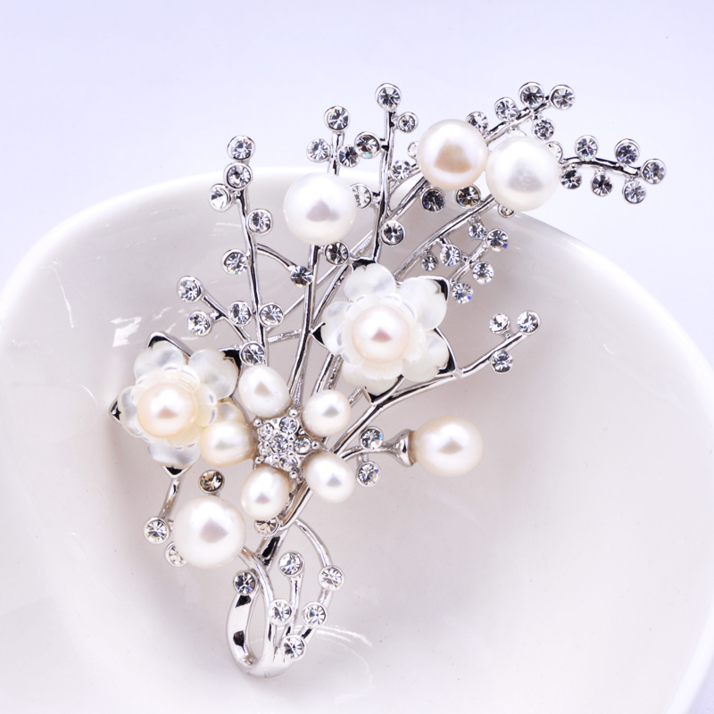 I know how 2017 New South Korea accessories shawls buckle pin brooch Pearl Brooch female все цены