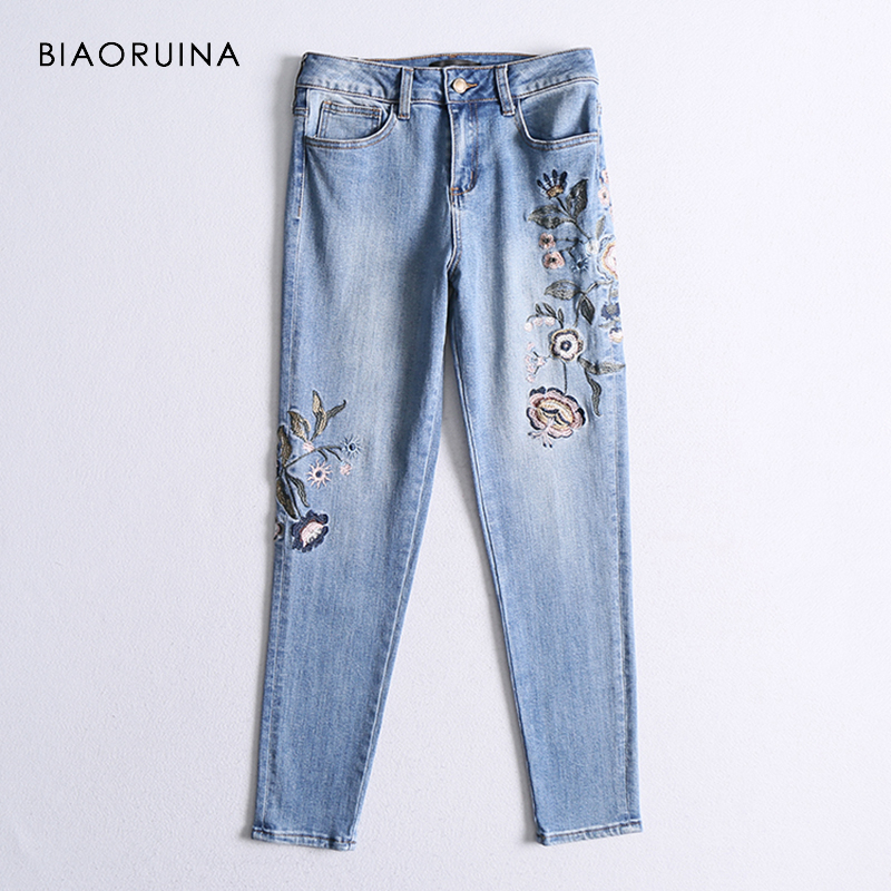 BIAORUINA Women Fashion Embroidery Floral Washing Bleached Pencil   Jeans   Female High Waist Vintage   Jeans   Spring New Arrival