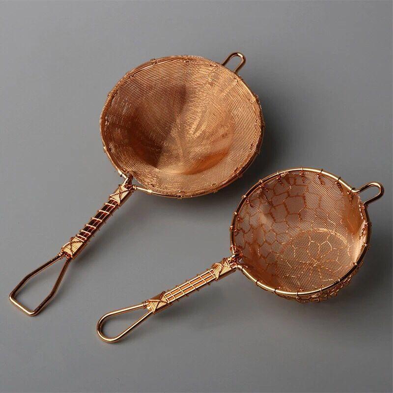 Filtre à thé fait à la main en cuivre