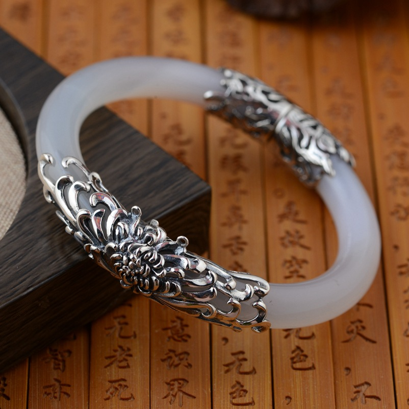 The white pulp Bracelet wholesale S925 silver inlaid antique craft female models open birthday gift explosion s925 pure silver personality female models new beeswax