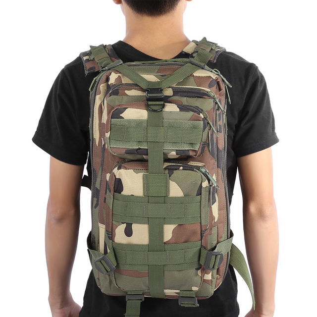 2a5c55d4e8794 30L Männer Frauen Sport Tasche Wandern Camping Tasche Reisen Trekking Bag  Military Tactical Rucksack Camouflage