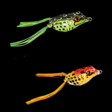 2Pcs/Lot 5.5cm 13g Frog Lure Fishing Lures Treble Hooks Top water Ray Frog Artificial Minnow Crank Strong Artificial Soft Bait