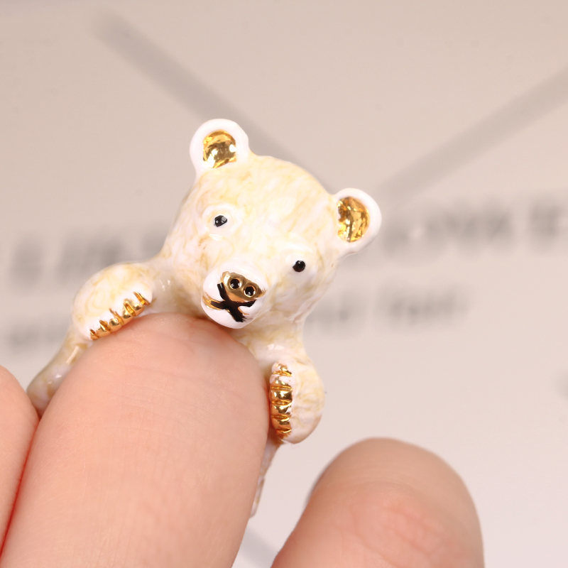 2017 New Style Original Vivid Lovely Bear Ring Elegant Noble Animal Jewelry Enamel Glaze Ring 3 Colors Can Choose From