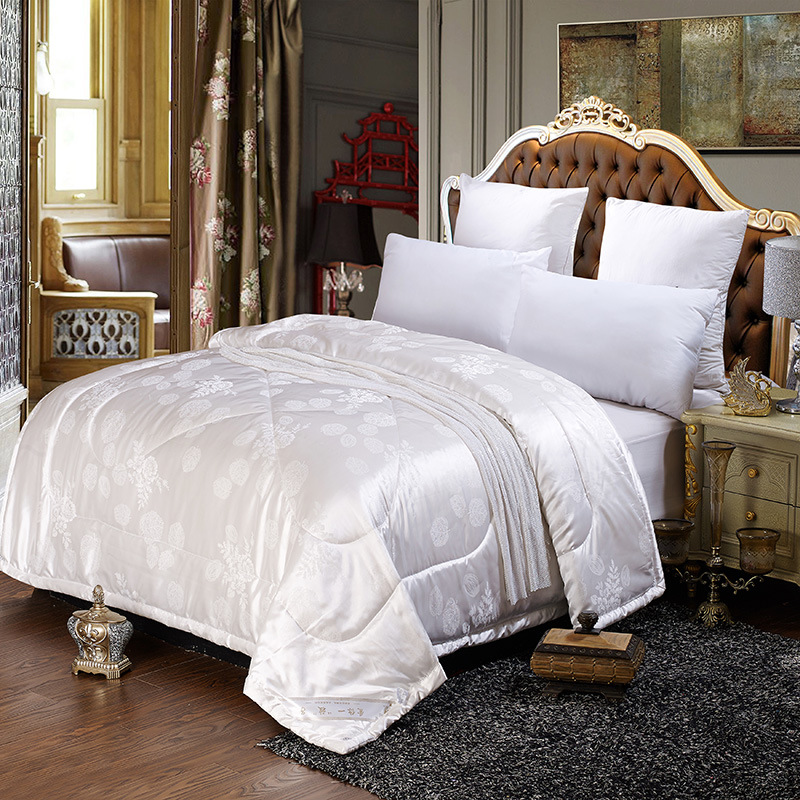 White Jacquard Quilts summer throw duvet 1pc bed cover European style patchwork quilts thin comforter throw blankets 1pc LuxuryWhite Jacquard Quilts summer throw duvet 1pc bed cover European style patchwork quilts thin comforter throw blankets 1pc Luxury