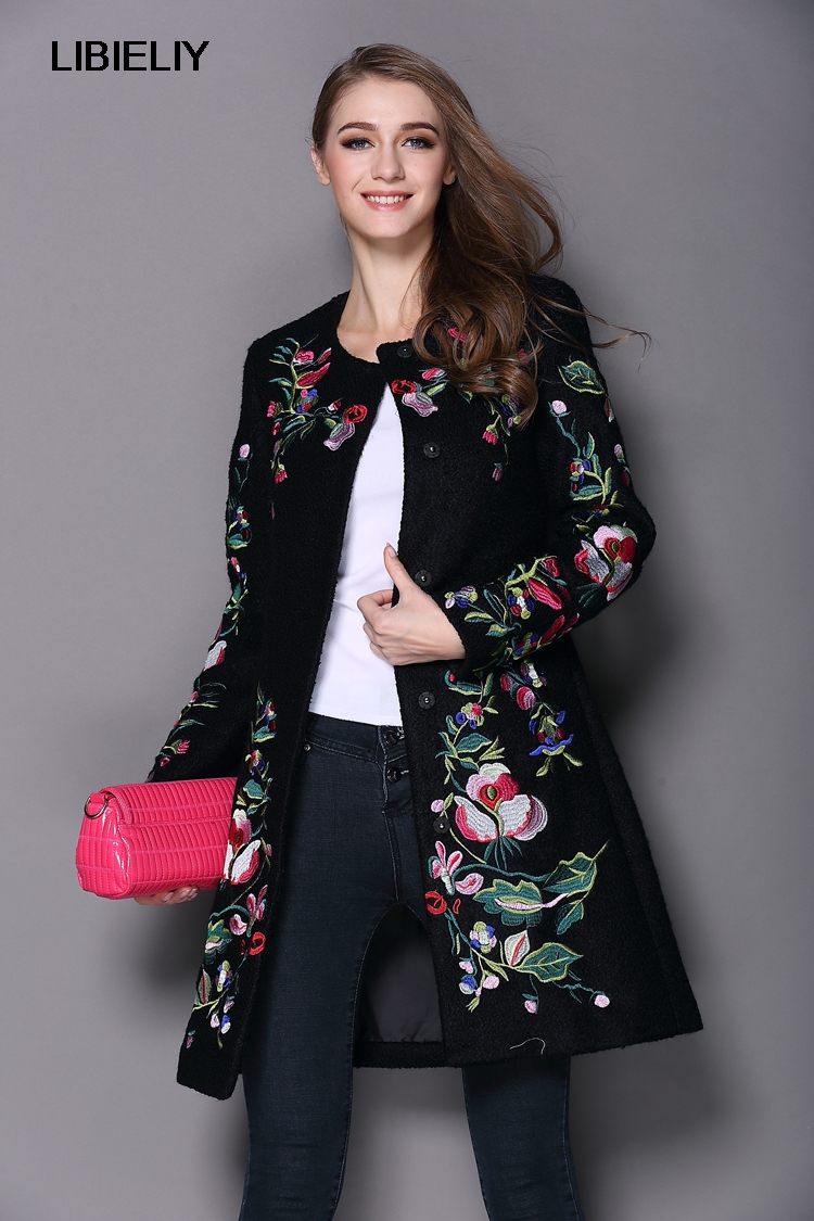 NiceAutumn Winter Long Coat Vintage Embroidery Cashmere Trench Slim Black/White Woolen Coat Overcoat